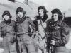Φωτογραφία κατά την περίοδο του Β΄ΠΠ στην Παλαιστίνη όπου εμφανίζει τον πρώτο Δκτη της 335 Μοίρας Καταδιωκτικών (γνωστή και ως ''ΤΙΓΡΗΣ'') τον τότε Επισμηναγό Βαρβαρέσσο Ξεν. (2ος από αριστερά) με πιλότους της Μοίρας του. Οι πιλότοι που διακρίνονται μαζί με τον δκτη τους είναι ο Σμηναγός Μουλόπουλος Α. (1ος από αριστερά) , ο Σμηναγός Νομικός Μ. (2ος από δεξιά), και ο Επισμηνίας Σουφρίλας Δ. (1ος από δεξιά) ο οποίος ήταν και από τους καλύτερους πιλότους της Μοίρας.