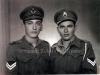 Αναμνηστική φωτογραφία του 1949 των δύο αδελφών Σωτήριου Ντόντου (αριστερά) και Αριστείδη Ντόντου (δεξιά) το 1949, οι οποίοι υπηρετούσαν στην ''Ελληνική Βασιλική Χωροφυλακή'', κατά την πρώτη τους αντάμωσή ύστερα από δύο χρόνια λόγω ΄΄υπηρεσιακών αναγκών''.