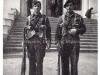 Φωτογραφία της 25-03-1946 κατά τον εορτασμό της Επανάστασης του 1821, όπου εμφανίζει οπλίτες της Ελληνικής Βασιλικής Χωροφυλακής να εκτελούν καθήκοντα σκοπού στην πόλη της Αλεξανδρούπολης έξω από την ''Ζαρίφειο'' Παιδαγωγική ακαδημία.