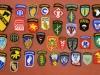 Μέρος διακριτικών των Αμερικανικών ''Ειδικών Δυνάμεων'' τα οποία εκτίθενται στο ''Βλαχογιάννειο'' μουσείο.