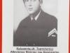 Φωτογραφία του θείου μου Κελευστή Αθανάσιου Ντόντου του Αναστασίου, ο οποίος έφερε την ειδικότητα ''Τορπιλητής'', και ο οποίος βρήκε ηρωικό θάνατο την 29-12-1940 όταν σαν μέλος του πληρώματος του ηρωικού υποβρυχίου ''ΠΡΩΤΕΥΣ'' αυτό βυθίστηκε αύτανδρο στον κόλπο του Τάραντα έξω από την Ιταλία, ενώ προήχθη τιμητικά μετά θάνατο στον βαθμό του Κελευστή, και την χορήγηση των προβλεπομένων μεταλλίων.