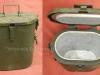 Σκεύος μεταφοράς και διατήρησης φαγητού και ροφήματος, το οποίο σκεύος ήταν και είναι παρελκόμενο των κινητών μαγειρείων-εκστρατείας, τα οποία αυτά κινητά μαγειρεία κατασκευής του 1970 (ανήκαν στην πρώην Αν.Γερμανία), χορηγήθηκαν από την Γερμανία ως ''βοήθεια'' την δεκαετία του 1990 στον Ελληνικό Στρατό. Σκοπός η μεταφορά και η τροφοδοσία ζεστού φαγητού και ροφήματος σε δύσβατες περιοχές και σε εμπόλεμες περιοχές.
