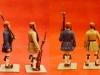 Μινιατούρες συλλεκτικά πιστά αντίγραφα που εμφανίζουν εύζωνες που φέρουν την χειμερινή στολή (Ντουλαμάς), και θερινή καθημερινή στολή υπηρεσίας.