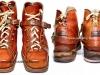 Αμερικάνικα δερμάτινα ημιάρβυλα χιονοδρόμων του Β΄ΠΠ, τα οποία χορηγήθηκαν το 1947 και στους Έλληνες καταδρομείς (Λ.Ο.Κ.), και διατηρήθηκαν έως και την δεκαετία του 1990 (δωρεά κ.Ιωαννίδη Θεοδόση).