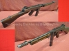 Αμερικάνικο υποπολυβόλο ''Τhompson Μ1921 submachine gun'' (απενεργοποιημένο) το οποίο χρησιμοποιήθηκε στον Ελληνικό Στρατό από της αρχές της δεκαετίας του 1940 έως την δεκαετία του 1980.